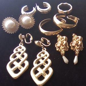 Vtg Gold Tone 5 Earring Lot. 1 Lia Sophia Ring.